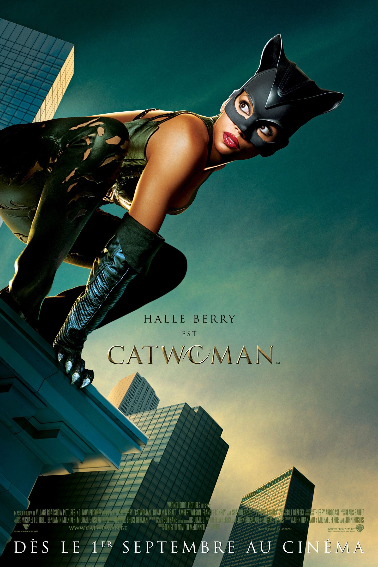 "poster for ""Catwoman"" by Pitof(2004)"