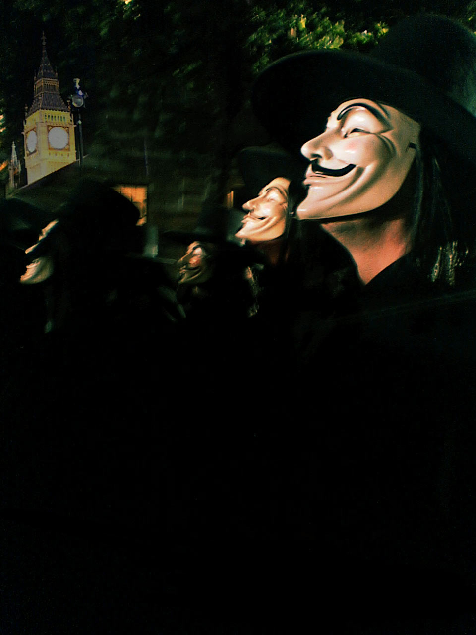 http://movieposters.2038.net/p/V-for-Vendetta_8.jpg